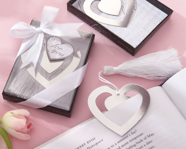 """Love Story"" Silver-Finish Heart-Shaped Bookmark with Elegant Si"