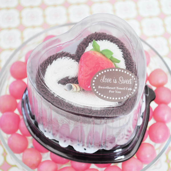 Sweetheart Towel Cake Favor