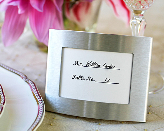 Elegant Arc Photo Frame and Placeholder